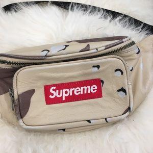 Supreme Bags - Supreme fanny pack